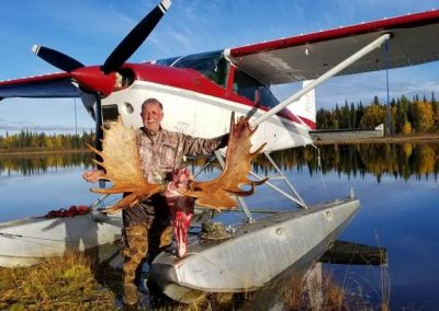 20170917 183920 400x284 - Airventures Moose Hunting Photos